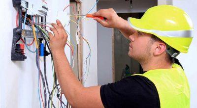 Multasde entre $42.000 y $57.000 por contratar a electricistas no habilitados