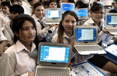 «Producir nuevamente notebooks en el país es crear empleo productivo de calidad»